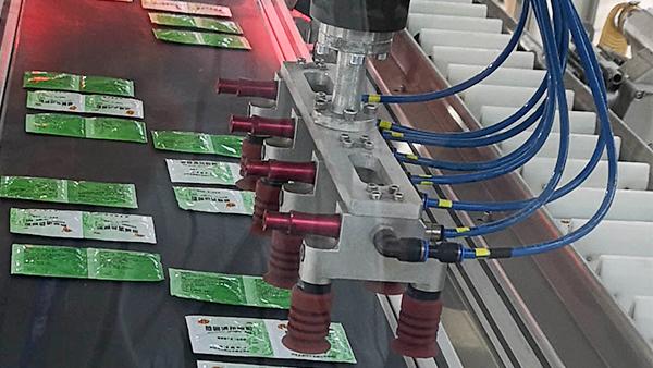 迈瑞凯为双鹤药业提供硅胶吸盘设备